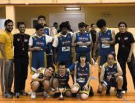 Continúa la escuela de baloncesto para personas con discapacidad de Pozuelo de Alarcón
