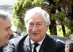 Javier Rodríguez, en el funeral de Miguel Pajares, fallecido por ébola