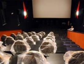 Carabanchel estrena un cine donde se puede jugar a la videoconsola en su pantalla