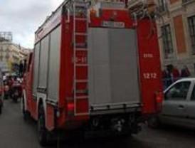Los Bomberos han ayudado a sofocar 50 incendios en otras comunidades