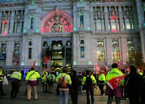 PSOE e IU creen que el Ayuntamiento 'se enmienda' tras la huelga de alumbrado