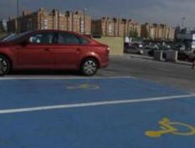 Solicitan la unificación de las tarjetas de aparcamiento de discapacitados