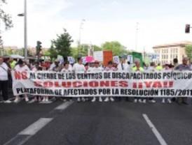 Los encerrados en el Magerit protagonizan una marcha de protesta