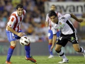 El Atlético de Madrid con su empate en Valencia consigue que el Real Madrid sea líder de la liga