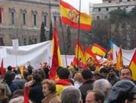 Ultraderechistas convocan una concentración ilegal frente al Ministerio del Interior