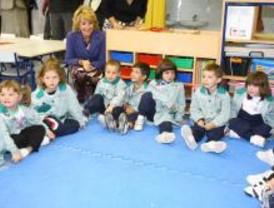 Aguirre inaugura un nuevo colegio en Vicálvaro