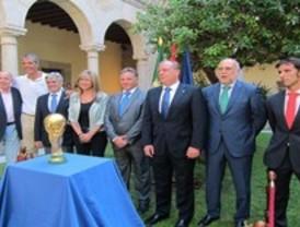 La Copa del Mundo de Fútbol se expondrá en el centro cultural Isabel de Farnesio