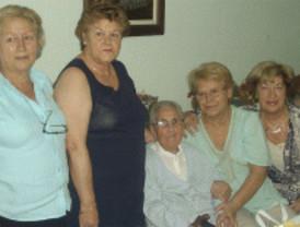 Una mujer cumple 108 años en una residencia para mayores de El Álamo