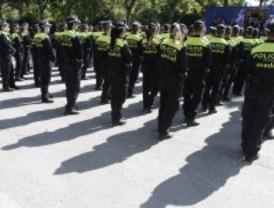 Críticas a los chalecos antibalas de la Policía Municipal