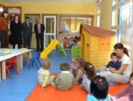Madrid aprueba 33,7 millones de euros para becas de escuelas infantiles