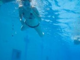 Discapacitados piden que se regule la accesibilidad en las piscinas de la capital