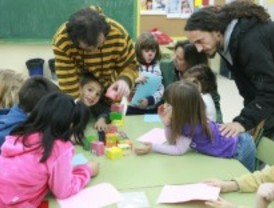 Cerca de 400 escolares tricantinos participaron en las jornadas lúdicas de Navidad
