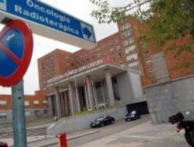 El Clínico ha citado a 8.000 pacientes con mensajes al móvil