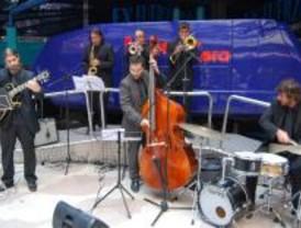 La exposición 'Entorno al Jazz' abre el decimocuarto Festival de Jazz de Ciudad Lineal