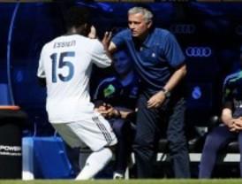 El Real Madrid brinda el último triunfo a Mourinho