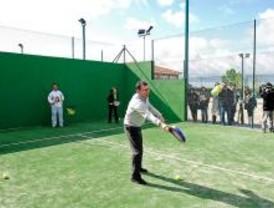 Inauguran nuevas pistas de pádel en Villanueva del Pardillo