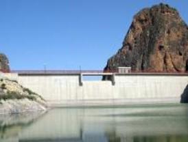 Los embalses cierran el año con más agua que en 2007