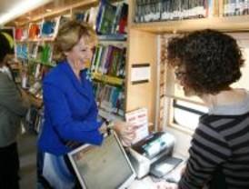 Aguirre anima a participar en la Noche de los Libros