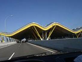 Correos emite un sello dedicado a la Terminal 4 del aeropuerto de Barajas