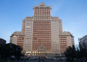 La venta del edificio España, pendiente aún de los últimos flecos