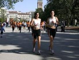 3.000 personas participan en una carrera contra el sida