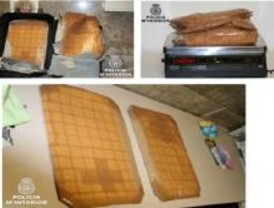 Detenida una mujer que pretendía introducir 40.000 dosis de cocaína