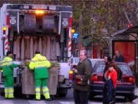 Paracuellos sanciona a la empresa de recogida de basuras