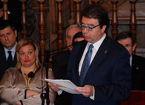 Fernando Galván toma posesión como rector de la Universidad de Alcalá