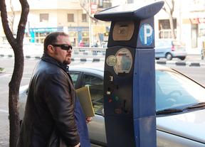 Los vecinos de La Paz y El Pilar se quedan con los parquímetros