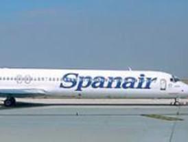 La nieve obliga a desviar a Vitoria y San Sebastián dos aviones procedentes de Madrid