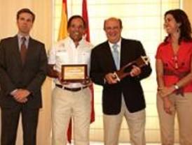 Van der Ploeg, homenajeado por ganar la 26 Copa del Rey de Vela