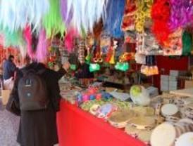 Mercadillos, cuentacuentos, humor y espectáculos de títeres y payasos, en Tetuán