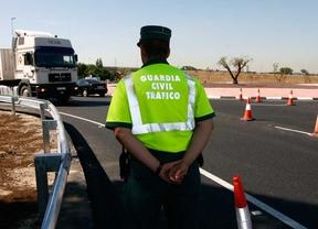 Se hacía pasar por guardia civil para dar falsos carnés de conducir