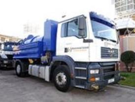 La Comunidad subvenciona un camión cisterna a la Mancomunidad del Sureste