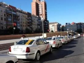 La tarifa del taxi sube en 2011 por el incremento en la bajada de bandera