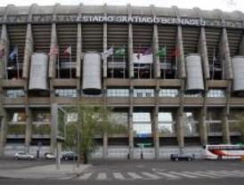 Limpiar tras el fútbol cuesta más de 600.000 euros a la capital