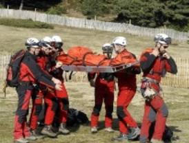 Los bomberos rescatan a una mujer que se cayó mientras hacía escalada en Patones