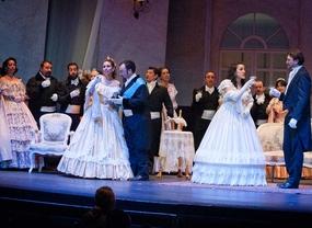 La Traviata de Giuseppe Verdi en el teatro Compac Gran Via.