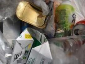 Cada vecino de Villa de Vallecas produce más del doble de residuos que la media