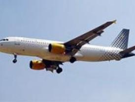 Casi 210.000 vuelos de bajo coste llegaron a Barajas en julio