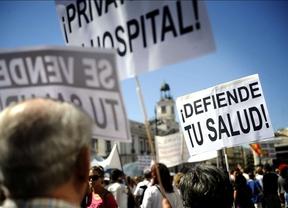 Sanitarios, oposición y sindicatos celebran la decisión del TSJM
