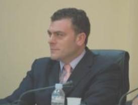 El alcalde de Leganés admite que amigos suyos fueron adjudicatarios