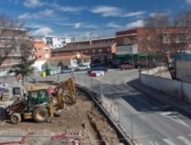 La construcción de una rotonda obliga a cortar varias calles en Villalba