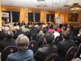 Soler se reúne con más de setenta hosteleros para presentarles sus medidas de apoyo al sector