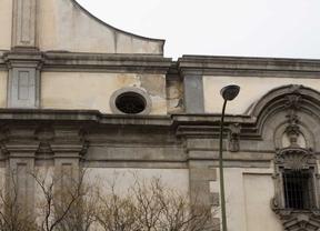 Cultura restaura la fachada y la torre de la iglesia de Montserrat
