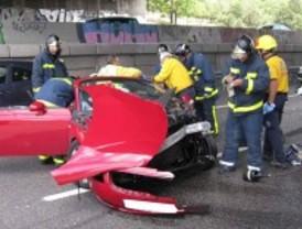 Fallece atropellado cuando rellenaba un parte en la carretera
