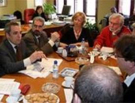 Simancas acuerda con los sindicatos la construcción y gestión conjunta de vivienda pública