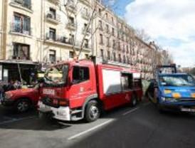 Desalojan un edificio en Atocha por riesgo de derrumbe