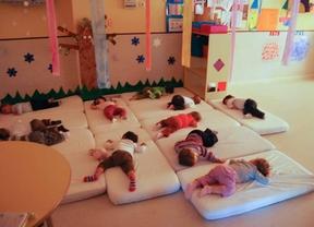 Hora de la siesta en una escuela infantil