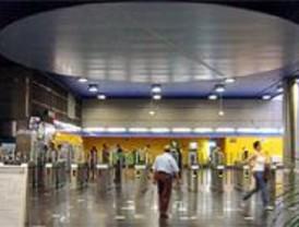 El PSOE promete eliminar el recargo en las tarifas del Metro a las antiguas terminales de Barajas